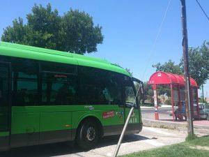Autobús_de_la_L411_en_el_caserío